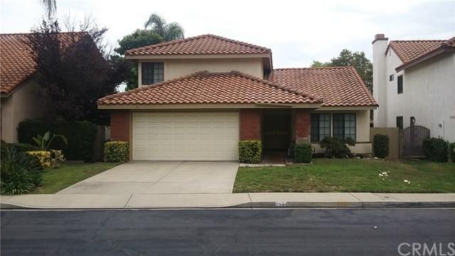 1344 Zinnia Street, Upland, CA 91784 (#OC17169625) :: Mainstreet Realtors®