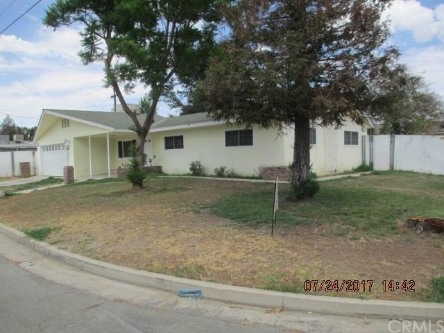 500 N Sanford Drive, Bakersfield, CA 93308 (#CV17169403) :: Pismo Beach Homes Team