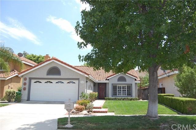 1326 Sonora Drive, Corona, CA 92882 (#PW17170925) :: Mainstreet Realtors®