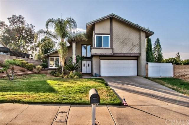 2482 Emerson Drive, Corona, CA 92882 (#IG17165362) :: Mainstreet Realtors®