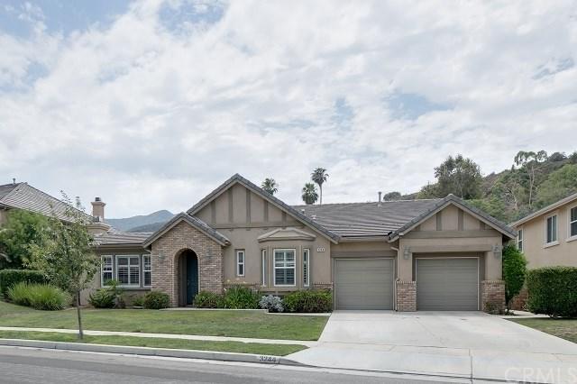 3244 Sunnier Circle, Corona, CA 92882 (#OC17171041) :: Mainstreet Realtors®