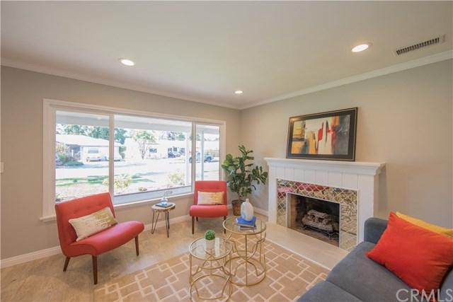 601 W Park Lane, Santa Ana, CA 92706 (#OC17170903) :: California Real Estate Direct