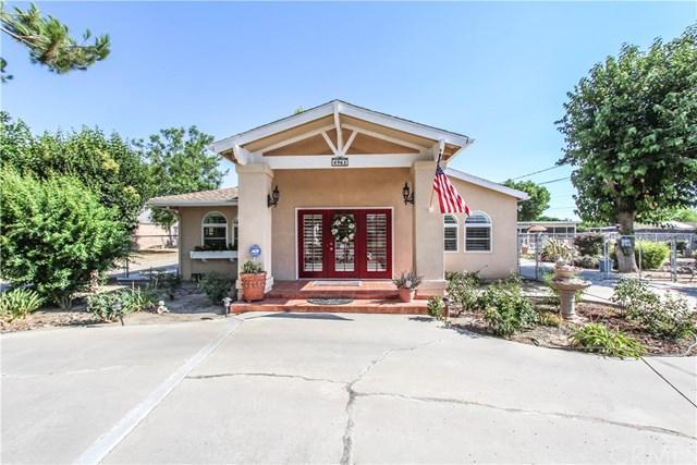 4961 Berkley Avenue, Hemet, CA 92544 (#TR17169976) :: RE/MAX Estate Properties