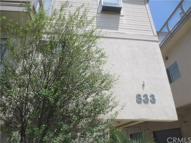 833-2 5th Street #2, Hermosa Beach, CA 90254 (#SB17170032) :: Keller Williams Realty, LA Harbor