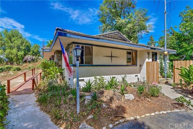 1 Sweetgrass, Rolling Hills Estates, CA 90274 (#SB17175278) :: Erik Berry & Associates