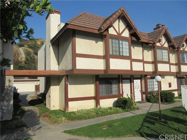 9325 Sunland Park Drive #50, Sun Valley, CA 91352 (#SR17179319) :: Prime Partners Realty