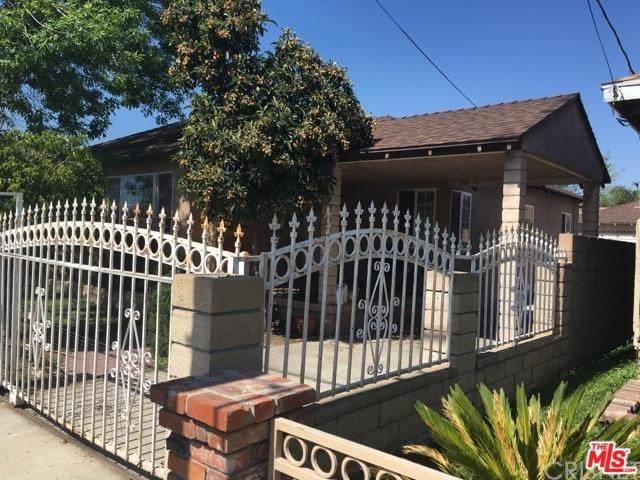 1313 Glenoaks, San Fernando, CA 91340 (#17258548) :: The Brad Korb Real Estate Group