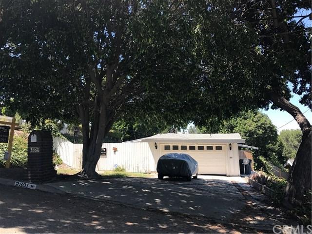 2301 Carriage Drive, Rolling Hills Estates, CA 90274 (#CV17181842) :: Erik Berry & Associates