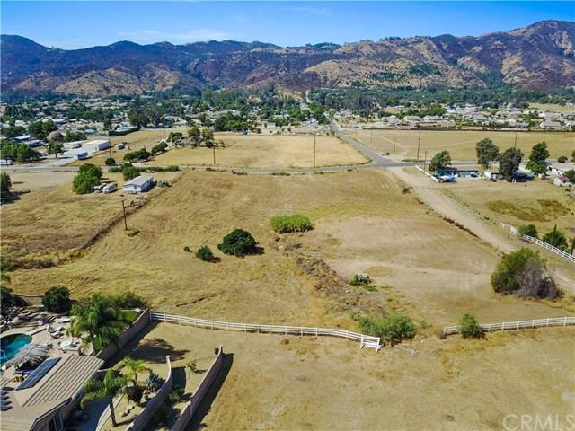 20980 Palomar Street, Wildomar, CA 92595 (#SW17183962) :: Allison James Estates and Homes