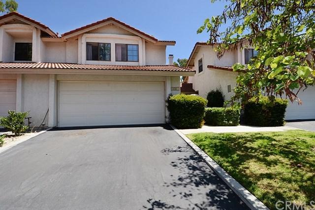 24 Shadow Hill Lane #42, Laguna Hills, CA 92653 (#LG17184113) :: Fred Sed Realty