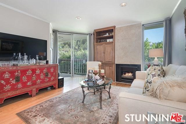 1230 N Sweetzer Avenue #305, Hollywood, CA 90069 (#17260058) :: Prime Partners Realty