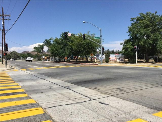 32891 Central Street, Wildomar, CA 92595 (#TR17186960) :: Allison James Estates and Homes