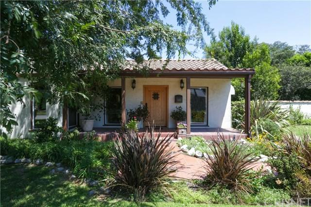 11113 Hortense Street, Toluca Lake, CA 91602 (#SR17186802) :: The Brad Korb Real Estate Group