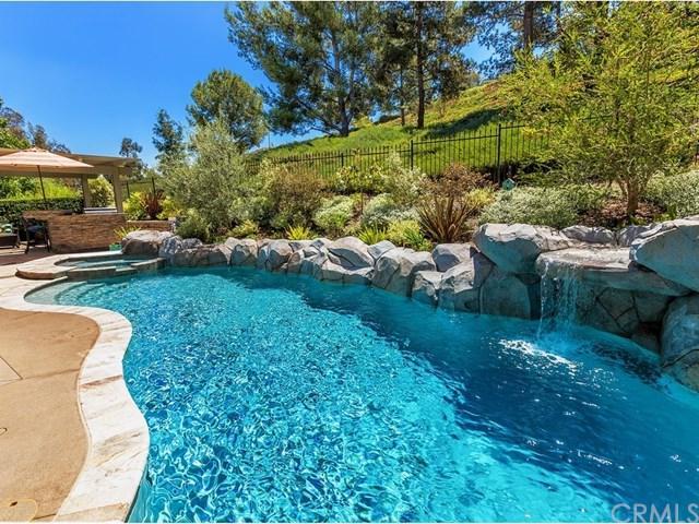 5458 E Big Sky Lane, Anaheim Hills, CA 92807 (#OC17182649) :: Ardent Real Estate Group, Inc.