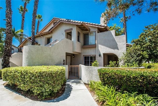 24352 Berrendo #2, Laguna Hills, CA 92656 (#PW17187469) :: Fred Sed Realty