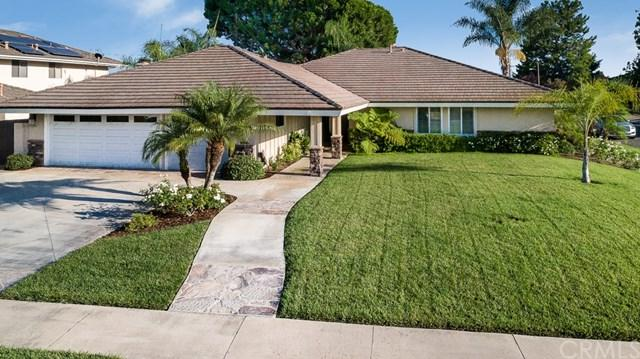 17512 Orange Tree Lane, Tustin, CA 92780 (#PW17186287) :: Fred Sed Realty