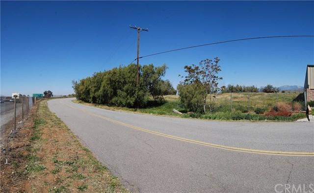 1032 Western Knolls Avenue, Beaumont, CA 92223 (#EV17188954) :: Angelique Koster