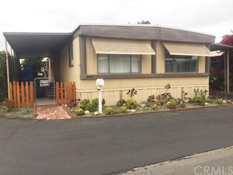 1380 N Citrus Avenue A11, Covina, CA 91722 (#AR17189062) :: RE/MAX Innovations -The Wilson Group