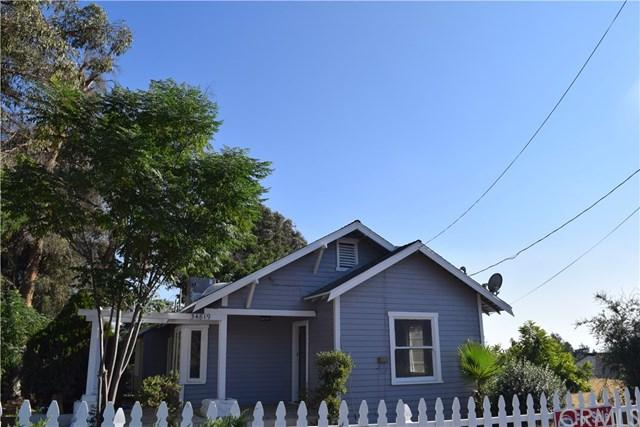 34819 Avenue E, Yucaipa, CA 92399 (#CV17189337) :: RE/MAX Estate Properties