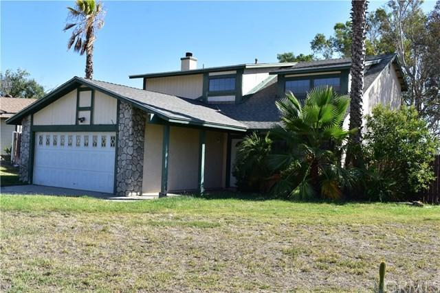 490 Cambridge Drive, San Jacinto, CA 92583 (#EV17189270) :: RE/MAX Estate Properties