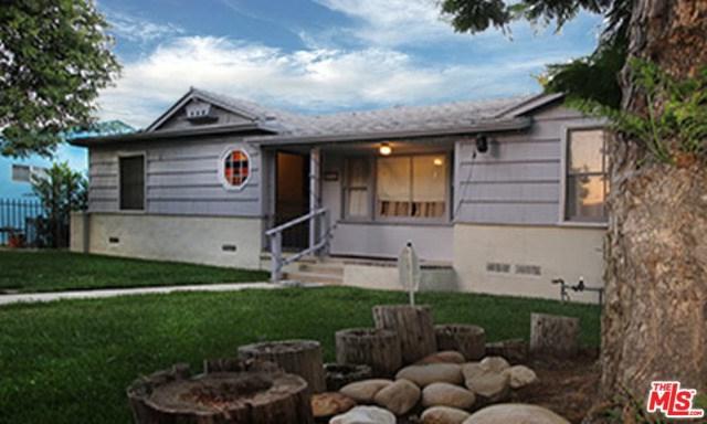 9720 Hayvenhurst Avenue, Northridge, CA 91343 (#17261290) :: The Brad Korb Real Estate Group