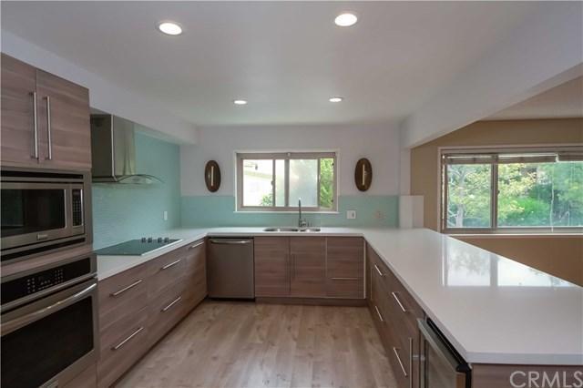 28217 Ridgethorne Court, Rancho Palos Verdes, CA 90275 (#SB17189881) :: Keller Williams Realty, LA Harbor