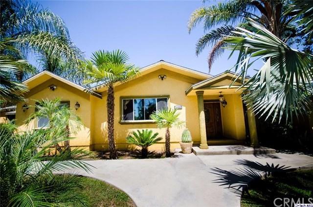 13603 Hart Street, Van Nuys, CA 91405 (#317006045) :: The Brad Korb Real Estate Group