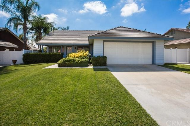 29350 Breakwater Street, Lake Elsinore, CA 92530 (#PW17190250) :: Allison James Estates and Homes