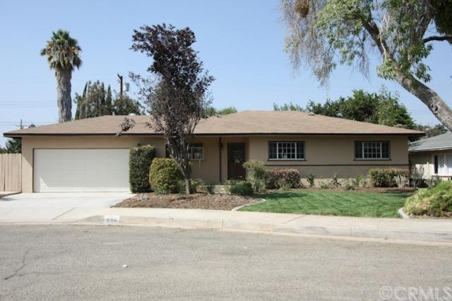 626 Orchard Drive, Redlands, CA 92374 (#EV17190511) :: Angelique Koster