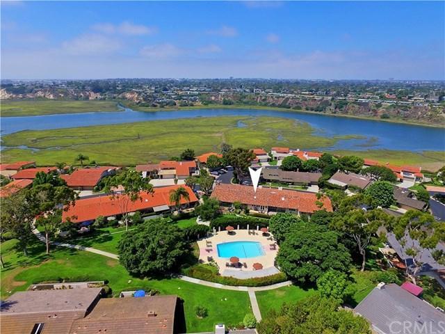 2010 Vista Caudal, Newport Beach, CA 92660 (#OC17189741) :: DiGonzini Real Estate Group