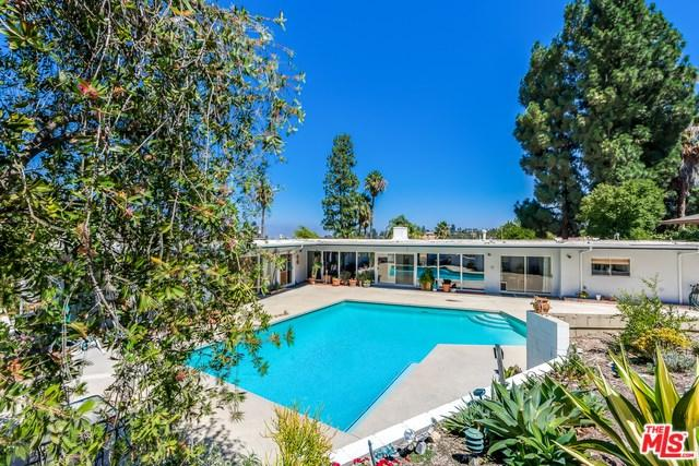 16440 Westfall Place, Encino, CA 91436 (#17261170) :: Fred Sed Realty