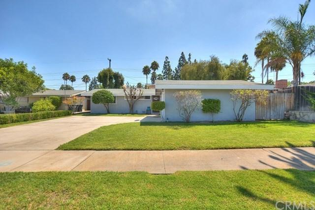 517 N Emerald Drive, Orange, CA 92868 (#PW17188488) :: Ardent Real Estate Group, Inc.