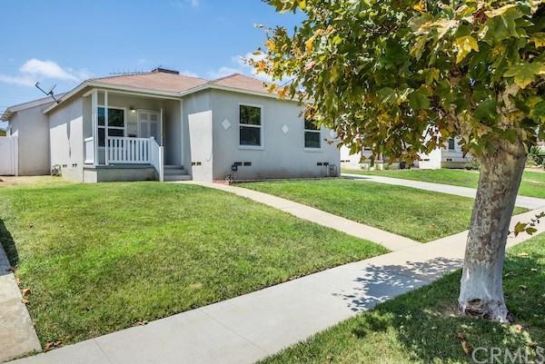 13027 S Catalina Avenue, Gardena, CA 90247 (#SB17190680) :: Keller Williams Realty, LA Harbor