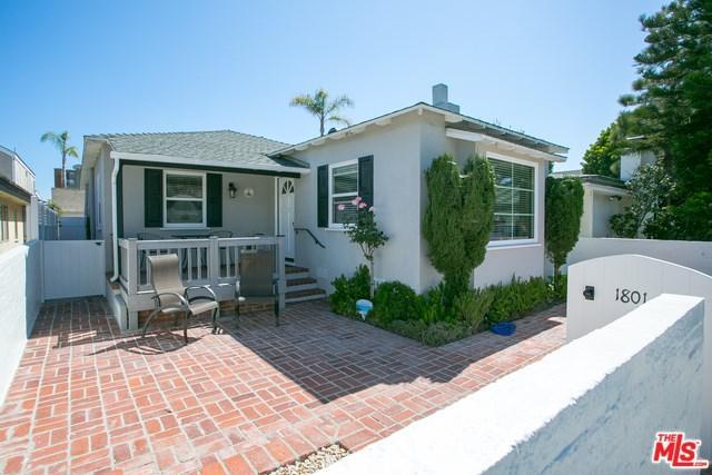 1801 E Balboa Boulevard, Newport Beach, CA 92661 (#17261804) :: Fred Sed Realty