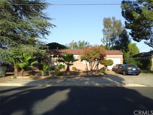 11775 3rd Street, Yucaipa, CA 92399 (#MB17190669) :: RE/MAX Estate Properties
