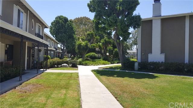 3195 College Avenue, Costa Mesa, CA 92626 (#OC17189911) :: RE/MAX New Dimension