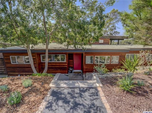3013 Buckingham Road, Glendale, CA 91206 (#317006064) :: The Brad Korb Real Estate Group