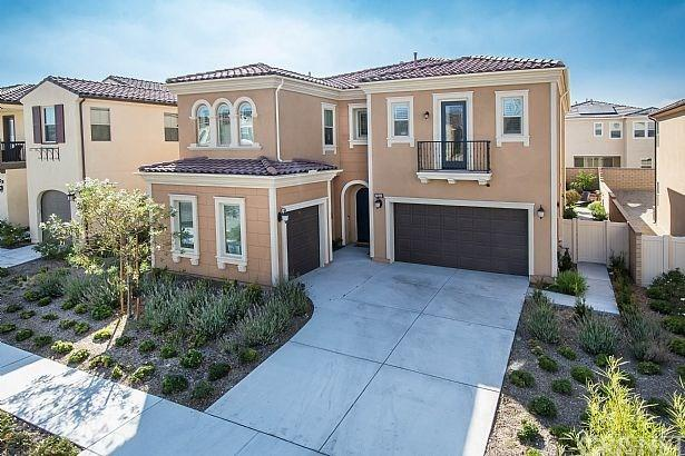 27643 Camellia Drive, Saugus, CA 91350 (#SR17189184) :: The Brad Korb Real Estate Group