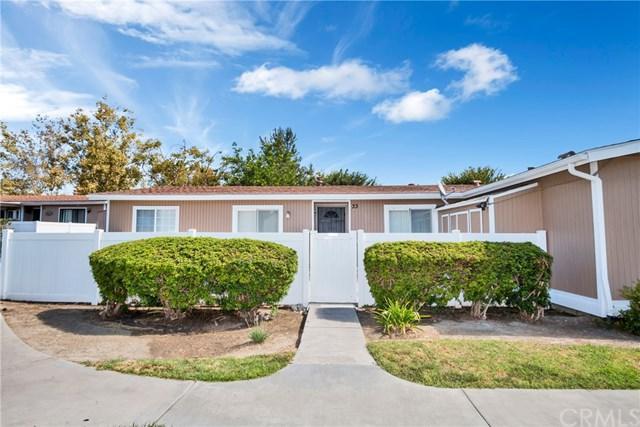 25856 Via Lomas #33, Laguna Hills, CA 92653 (#OC17190948) :: Fred Sed Realty