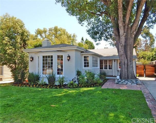 11110 Landale Street, Toluca Lake, CA 91602 (#SR17191225) :: The Brad Korb Real Estate Group