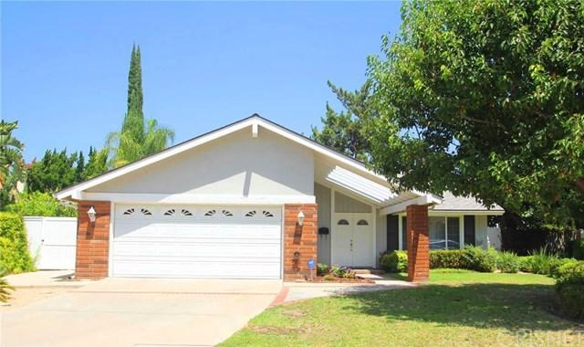 18567 Merridy Street, Northridge, CA 91324 (#SR17191306) :: The Brad Korb Real Estate Group