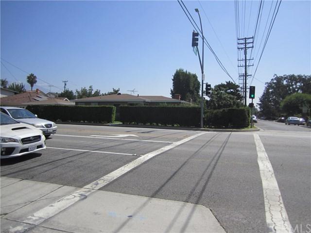 6302 N San Gabriel Boulevard, San Gabriel, CA 91775 (#SB17191124) :: Carrington Real Estate Services