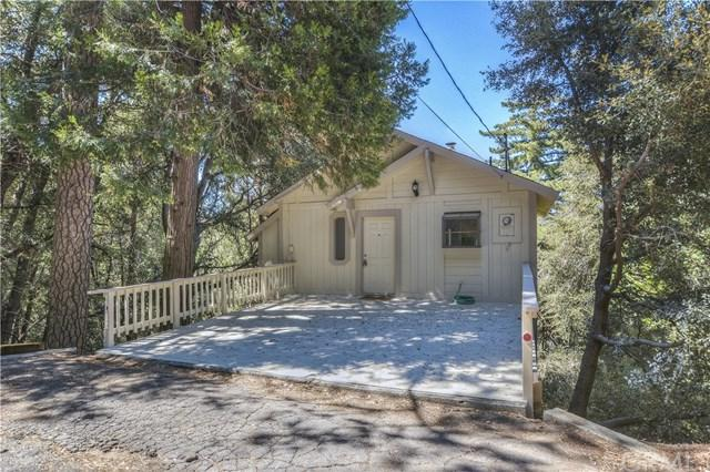 1024 Chillon Drive, Crestline, CA 92325 (#EV17191382) :: The Marelly Group | Realty One Group