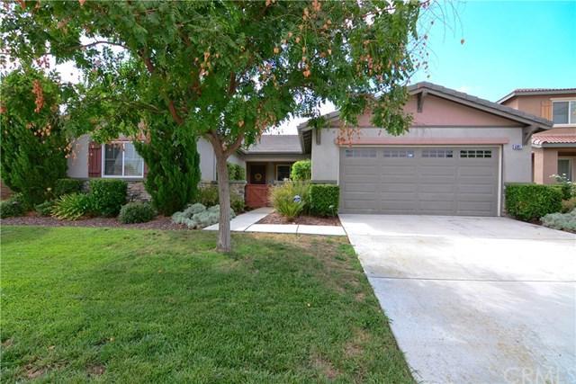 53017 Bantry Bay Street, Lake Elsinore, CA 92532 (#CV17191410) :: Allison James Estates and Homes