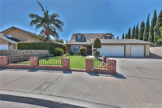 18251 Carnaby Lane, Huntington Beach, CA 92648 (#OC17191724) :: RE/MAX New Dimension