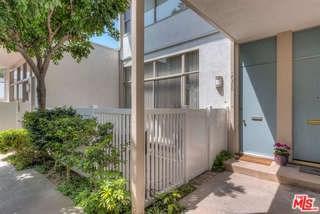 4360 W Kling Street #6, Burbank, CA 91505 (#17262320) :: Prime Partners Realty
