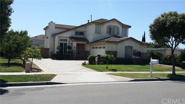 5026 W 7th Street, Santa Ana, CA 92703 (#PW17191822) :: RE/MAX New Dimension