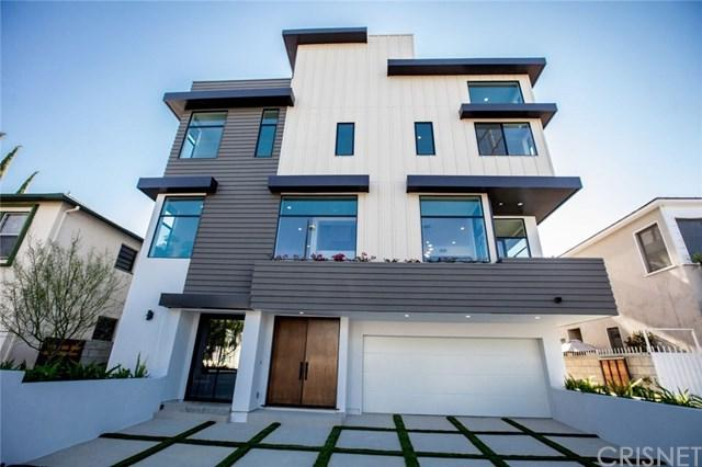 4945 N Cahuenga Boulevard, Toluca Lake, CA 91601 (#SR17191660) :: The Brad Korb Real Estate Group