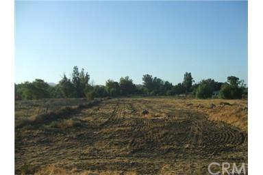 24657 State Highway 74, Perris, CA 92570 (#PW17191928) :: RE/MAX Estate Properties