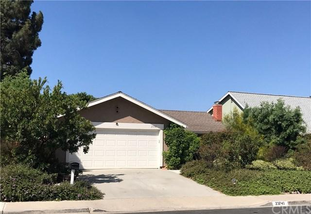 23741 Calle Ganador, Mission Viejo, CA 92691 (#OC17189827) :: Fred Sed Realty